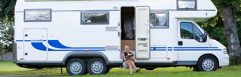 husbil och husvagn